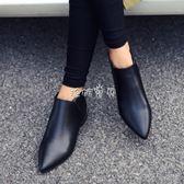 女性裸靴 短靴女粗跟尖頭踝靴百搭大碼加絨馬丁靴英倫風 珍妮寶貝