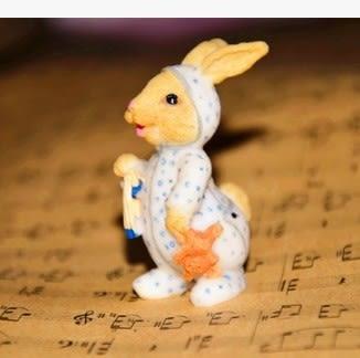 [協貿國際]可愛睡衣小兔子擺件2入