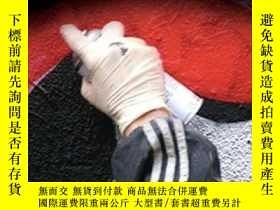 二手書博民逛書店Deviant罕見Behavior: Crime Conflict And Interest Groups-越軌行