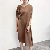 中袖洋裝-皺褶高彈力寬鬆復古純色女連身裙5色73yf3[時尚巴黎]