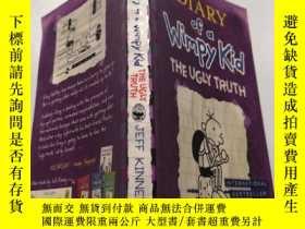 二手書博民逛書店Diary罕見of a Wimpy Kid The Ugly Truth: 弱小的日記醜陋的真相Y212829