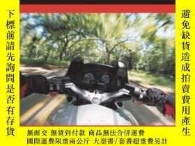 二手書博民逛書店The罕見Motorcycle Safety Foundation s Guide To Motorcycling