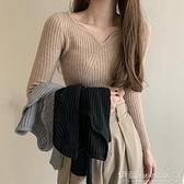 針織上衣 2021年秋冬毛衣女內搭長袖打底衫修身顯瘦V領針織衫秋季外穿上衣 伊蘿