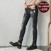 男 刷色/彈性/牛仔褲 L AME CHIC 英文織帶款黑色刷白牛仔褲【FBJ111501】