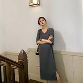 漂亮小媽咪 韓系 短袖 寬鬆 洋裝【D9240】短袖 V領 彈力 開叉 長裙 連衣裙 加大碼