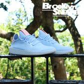 Adidas Pharrel Tennis HU 編織 粉藍 菲董聯名 慢跑 女 (布魯克林)  2018/7月 B41884
