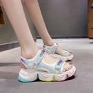 女童涼鞋 女童涼鞋新款夏季彩虹底運動涼鞋兒童中大童時尚女孩軟底-Ballet朵朵