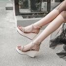 厚底涼鞋 2021新款夏季韓版百搭羅馬一字帶高跟坡跟涼鞋女學生厚底鬆糕女鞋