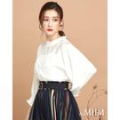 百貨專櫃女裝 輕薄質料飄逸浪漫 蕾絲增添甜美氛圍 V字造型更顯優雅