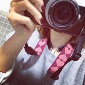 桃心可愛相機背帶肩帶相機帶減壓減震不勒脖子掛脖相機繩掛繩通用 鹿角巷
