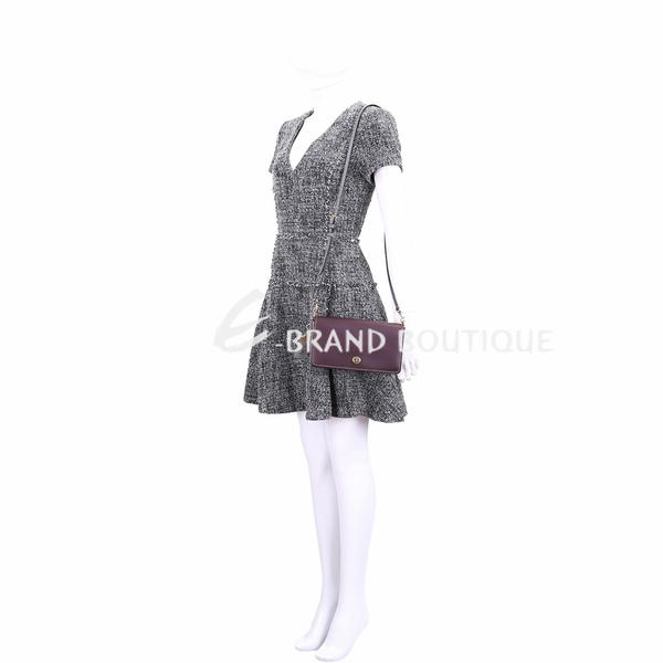 COACH Dinky 祖母釦內袋紫灰色棒球手套鞣製皮革手拿/肩背包 1910196-83