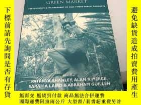 二手書博民逛書店Tapping罕見the Green Market: Manag