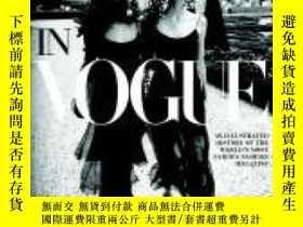 二手書博民逛書店In罕見Vogue-流行Y436638 Alberto Oliva; No... Rizzoli, 2006