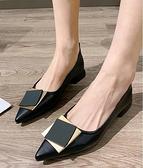 低跟鞋 粗跟單鞋女新款尖頭淺口百搭款豆豆鞋低跟工作奶奶鞋子