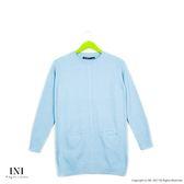 【INI】柔感舒適、小口袋織紋圓領針織毛衣.水藍色