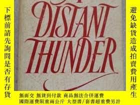 二手書博民逛書店A罕見Distant Thunder by Teresa de Luca 英語原版Y67893 Teresa