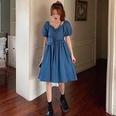 52霧霾藍連衣裙女夏2021新款設計感小眾法式復古收腰氣質泡