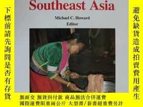 二手書博民逛書店Textiles罕見Traditions in Contemporary Southeast AsiaY397