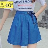 短褲裙--個性獨特潮流英字綁帶開衩裙襬牛仔褲裙(藍XL-5L)-R251眼圈熊中大尺碼◎