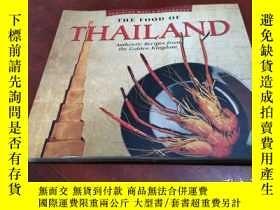 二手書博民逛書店The罕見Food of Thailand: Authentic