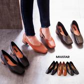 現貨-MIUSTAR 優雅復古小方頭V型木質高跟鞋(共3色,36-39)【NE4290T1】