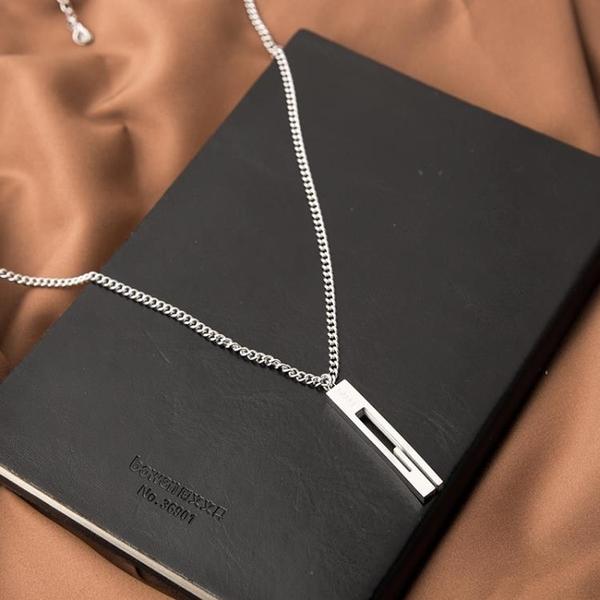 項鏈 鈦鋼不褪色簡約嘻哈ins字母棒子項鏈 潮男情侶長款毛衣鏈掛件吊墜