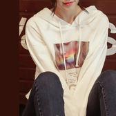 加絨保暖連帽T印花t恤大學T上衣 中大尺碼【104-21-81223-18】ibella 艾貝拉