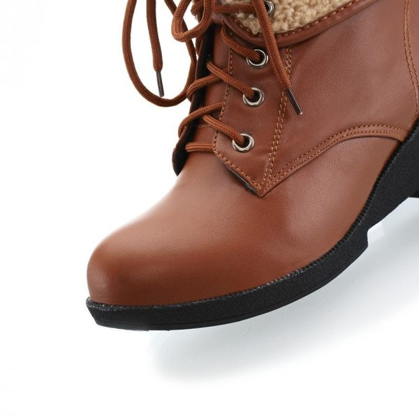 ♥ 俏魔女美人館 ♥ 2014秋冬季新款坡跟雪地馬丁靴子中跟短靴女式保暖女鞋大碼