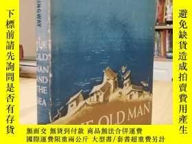 二手書博民逛書店1952年第一版精裝毛邊老人與海罕見The Old Man an