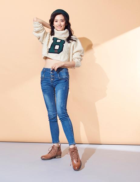 2019秋冬_Keeley Ann極簡魅力 全真皮柔軟綁帶短靴(棕色)