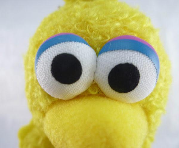 【震撼精品百貨】Sesame Street_芝麻街~小黃鳥吊飾娃娃【共1款】