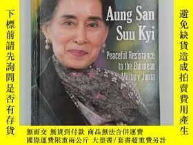 二手書博民逛書店Aung罕見San Suu Kyi: Peaceful Resi