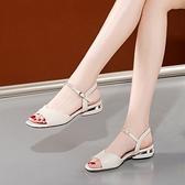魚口鞋 大東她2021年夏季新款魚嘴粗跟涼鞋女平底休閒一字扣水鉆平跟鞋子 韓國時尚週