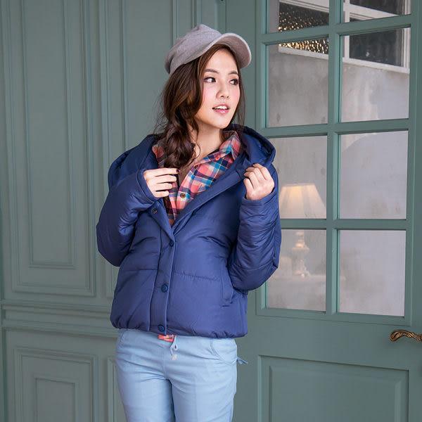 外套 眼圈熊Ringbear眼圈熊-輕而保暖.連帽包釦鋪棉設計短版外套J205(黑、藍S-2L)
