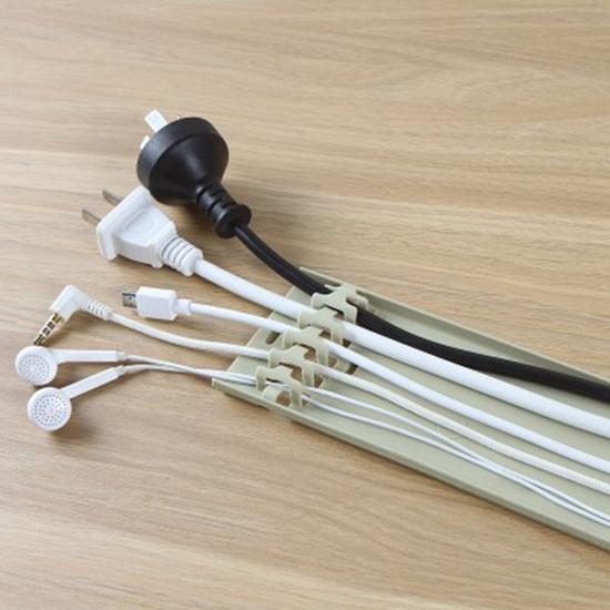 集線器 整線器 收納盒 理線器  數據線  集線箱 束線管 自黏式 電線固定器 【P617】米菈生活館