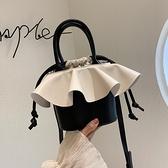 水桶包 夏天撞色小包包女包2021流行新款潮時尚百搭斜挎包網紅手提水桶包  卡洛琳