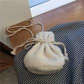 手工包包粗笨手工感 羊羔絨毛絨小挎包可愛秋冬ins新款單肩小包包抽繩包 智慧e家