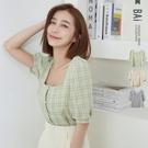 格紋排釦公主袖方領短版上衣-BAi白媽媽【310307】