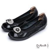 DIANA甜美混搭--立體小花鑽釦蝴蝶結真皮楔型魚口鞋(黑)★特價商品恕不能換貨★