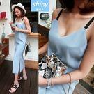 【V1735】shiny藍格子-夏日風情.V領開叉下擺吊帶連身長裙