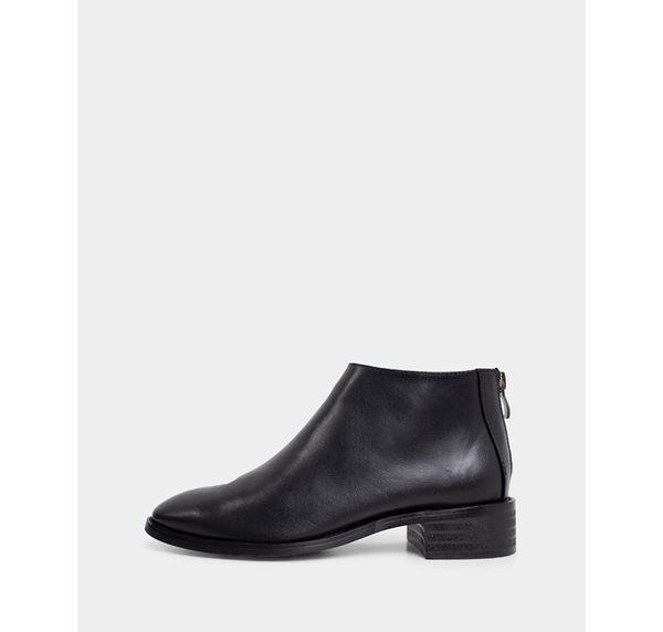 真皮短靴-R&BB牛皮*歐美極簡俐落後拉鍊平低跟踝靴-黑色