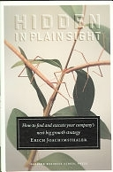 二手書《Hidden in Plain Sight: How to Find and Execute Your Company s Next Big Growth Strategy》 R2Y 1422101657
