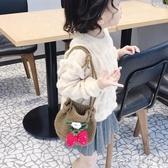 女童斜背包  包包手工兒童編織毛線包女童斜挎針織小包包水桶包百搭零錢包
