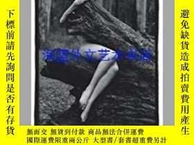 二手書博民逛書店The罕見Digital Female NudeY28384 P