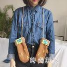 港風chic潮流麂皮絨印刷可愛少女掛脖連指手套女冬季zzy6006『時尚玩家』