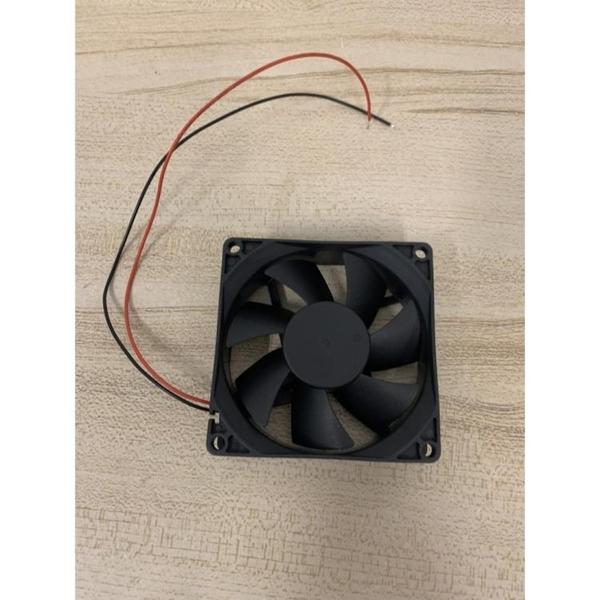 桌上型電腦電腦主機殼風扇散熱風扇CPU散熱器風扇(8*8*2/777-10013)