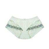 配褲→→→Amorous 私密內衣「裸愛花語」輕甜蕾絲薄棉杯外月牙集中內衣