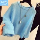 【V1385】shiny藍格子-冬氛迷戀.純色圓領寬鬆長袖短款毛衣上衣