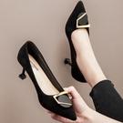 高跟鞋 網紅法式少女高跟鞋細跟尖頭2021秋冬新款百搭小清新職業黑色單鞋 伊蘿