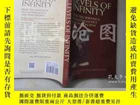二手書博民逛書店Levels罕見of Infinity:selected wri